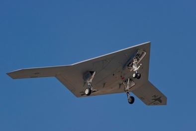 Máy bay không người lái X 47B – 'kẻ hủy diệt' mang trí tuệ nhân tạo vượt trội của Mỹ