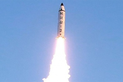 Chấn động những vụ phóng tên lửa của triều Tiên khiến đối phương 'nóng mặt'