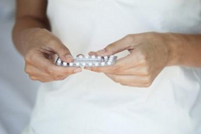 Dùng thuốc tránh thai lâu ngày có thể bị ung thư vú?