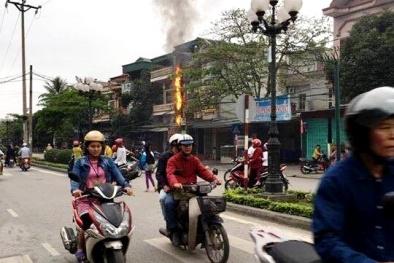 Uông Bí, Quảng Ninh: Nhiều cột điện bốc cháy, lỗi phần nhiều của viễn thông?