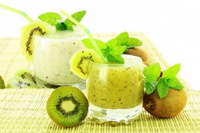 Hướng dẫn cách làm sinh tố kiwi chuối thơm ngon, lạ miệng ngay tại nhà