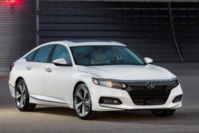 Honda Accord 2018 vừa 'xuất đầu lộ diện' có gì hay?