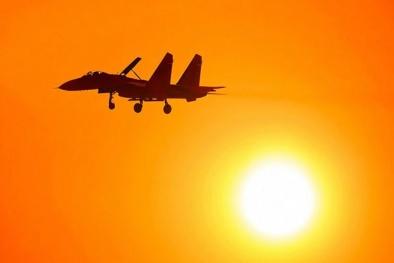 Tại sao trời nắng nóng khiến nhiều máy bay 'tê liệt' không thể cất cánh?