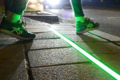 Đèn thông minh xua tan nỗi lo qua đường trong thời đại công nghệ số