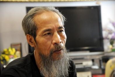 Bị cắt điện nước suốt 3 năm: Thế Chột (Chu Hùng) nói một đằng, hàng xóm tiết lộ một nẻo
