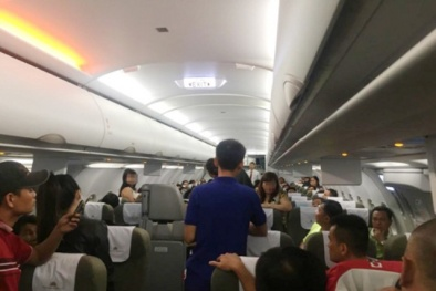 Trêu ghẹo, quấy rối hành khách nữ, người đàn ông bị cấm bay 9 tháng
