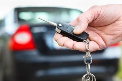 Các hãng ô tô đua nhau giảm giá, có nên mua hay tiếp tục đợi chờ?