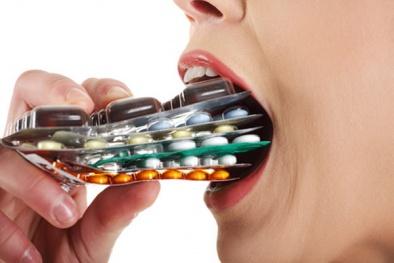 Uống thuốc quá liều: Thuốc chữa bệnh thành... 'thuốc độc' gây tử vong