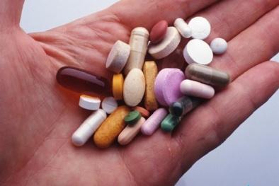 Tự chẩn đoán, tự mua thuốc điều trị cúm có thể gây những biến chứng không ngờ