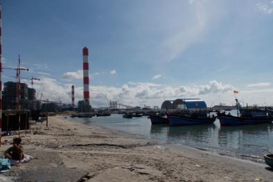 Vụ nhận chìm chất nạo vét xuống biển: Cách chức ông Hà Quốc Quân
