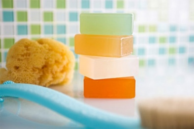Phụ nữ sử dụng xà bông kháng khuẩn trong thai kỳ có nguy cơ sinh con béo phì?