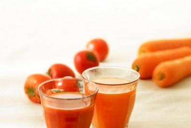Cách làm sinh tố cà chua cà rốt thơm ngon hấp dẫn ngay tại nhà