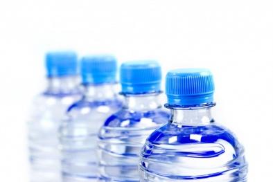 Nước đóng chai- 'Thủ phạm' có thể gây béo phì ít ai ngờ tới