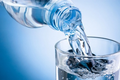 Nhựa có trong 80% nước máy toàn cầu có thể 'tấn công' nội tạng