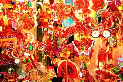 Trung thu này, vì sao nhiều người thích mua đèn lồng Việt hơn hàng Trung Quốc?