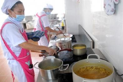 Bếp ăn trường mầm non cần đảm bảo những điều kiện gì về thực phẩm?