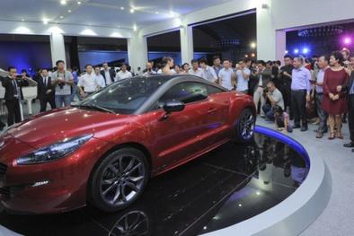 Càng gần 2018, giá xe ô tô càng giảm ác liệt trăm triệu/chiếc: Người mua tha hồ lựa chọn