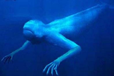 Bí ẩn 'quái vật' khổng lồ giống con người dưới đáy đại dương