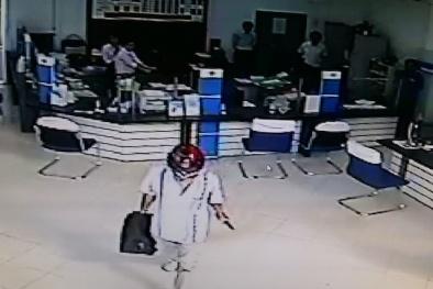 Vụ cướp ngân hàng ở Vĩnh Long: Loạt ảnh hung thủ qua camera