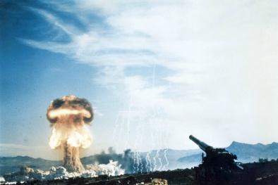Video: Khủng khiếp siêu pháo mạnh ngang ngửa bom hạt nhân san phẳng vùng rộng lớn