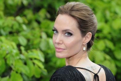 Những câu nói truyền đầy năng lượng cho thế hệ trẻ từ Angelina Jolie