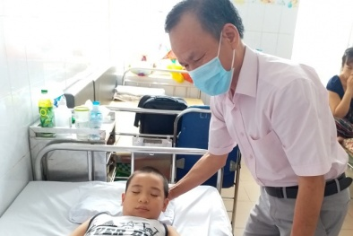 Ca bệnh hiếm gặp 'ngóc đầu lên là xỉu' của bé trai 8 tuổi ở Hà Nội nguy kịch thế nào?