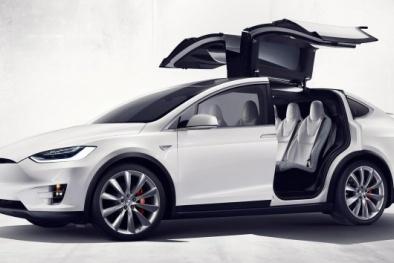 Thu hồi 11.000 chiếc xe Model X của Tesla do lỗi ghế sau