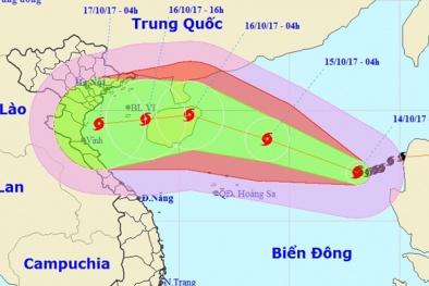 Tin bão số 11: Liên tục tăng cấp, miền Bắc lại nguy cơ lụt nặng