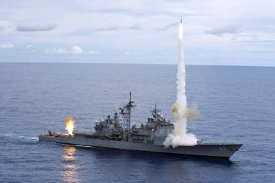 Vũ khí mang hơn 100 tên lửa và 'mắt thần' hỏa lực thiêu đốt mọi đối thủ