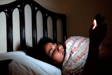 Đang ngủ ban đêm bị tỉnh giấc: Dấu hiệu cảnh báo bệnh nguy hiểm, chớ bỏ qua