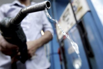 Bóc mẽ các chiêu trò gian lận xăng dầu mới nhất
