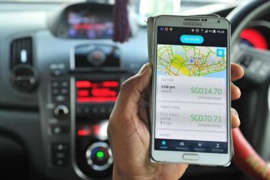 Bộ KH&CN đề xuất phương án quản lý hoạt động vận tải Uber, Grab