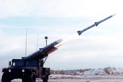 Tên lửa Mỹ vừa bán hàng trăm triệu đô có sức mạnh khủng khiếp đến đâu?