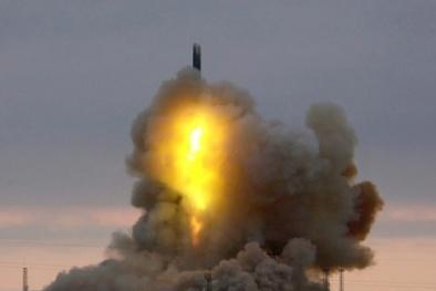 Tên lửa mang 6 đầu đạn hạt nhân có thể nhấn chìm mọi thứ ở cự ly 9.600km