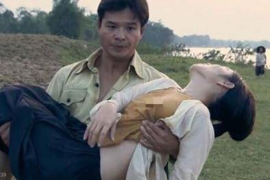 Diễn viên nữ phim 'Thương nhớ ở ai' mặc áo yếm 'thả rông' vòng một, đạo diễn nói gì?