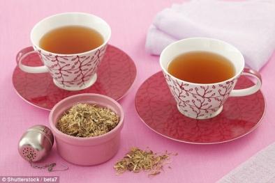 Cảnh báo: Một phụ nữ mắc cao huyết áp do uống 3 ly trà cam thảo một ngày