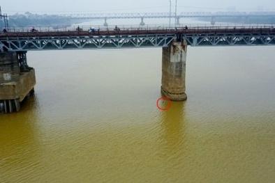 Chiều nay 28/11: Quả bom dưới chân cầu Long Biên sẽ được trục vớt