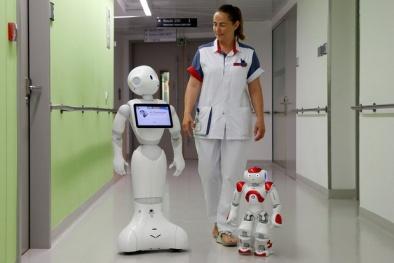 Trung Quốc gây 'sốc' khi chuẩn bị đưa người máy 'bác sỹ' vào làm việc