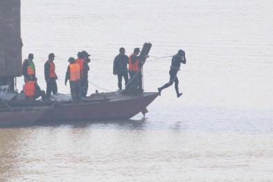 Hà Nội: Di dời quả bom dưới chân cầu Long Biên