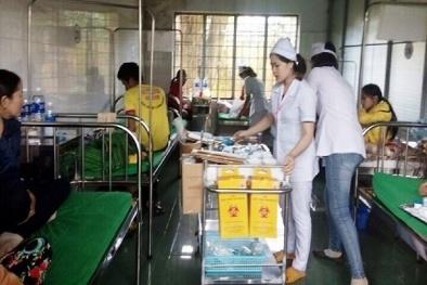 Sau tiệc đám cưới, 24 người nhập viện vì bị ngộ độc thực phẩm