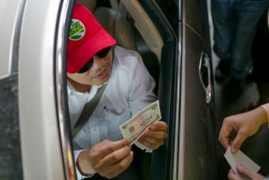 Chủ đầu tư BOT Cai Lậy lên tiếng về vị trí đặt trạm và 'người lạ mặt' đe dọa lái xe