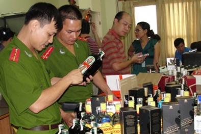 Vấn nạn rượu giả: Hại người tiêu dùng, ảnh hưởng uy tín doanh nghiệp sản xuất rượu
