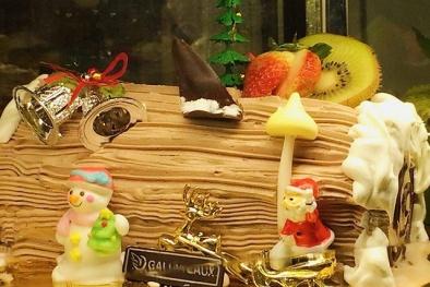 Noel 2017: Cửa hàng bánh kem 'hốt bạc'
