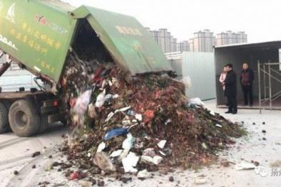 Bới tung 13 tấn rác trong 2 giờ, tìm được viên kim cương trị giá 'khủng'