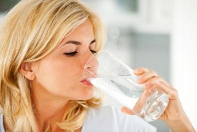 'Bật mí' cách uống nước giúp giảm cân hiệu quả, nhanh chóng