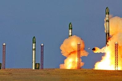 Đáng sợ vũ khí có thể diệt mục tiêu ở cự ly 17.000km của Nga lần đầu khoe sức mạnh