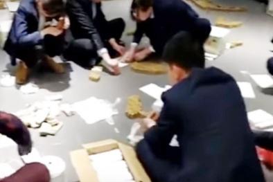 Doanh nhân Trung Quốc mua xe BMW bằng tiền xu, nhân viên cửa hàng mất 10 giờ để đếm