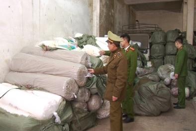 Bắt giữ 60 tấn hàng hóa nhập lậu không có giấy tờ hợp pháp