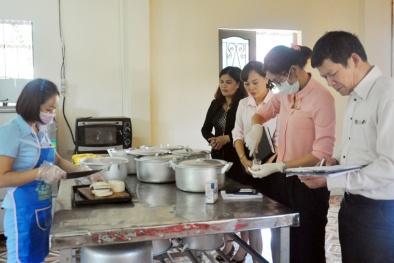 Vĩnh Phúc: Tăng cường quản lý an toàn thực phẩm tại bếp ăn tập thể