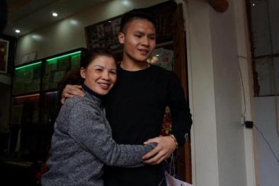 Không người đưa đón, Quang Hải 'âm thầm' trở về thăm gia đình